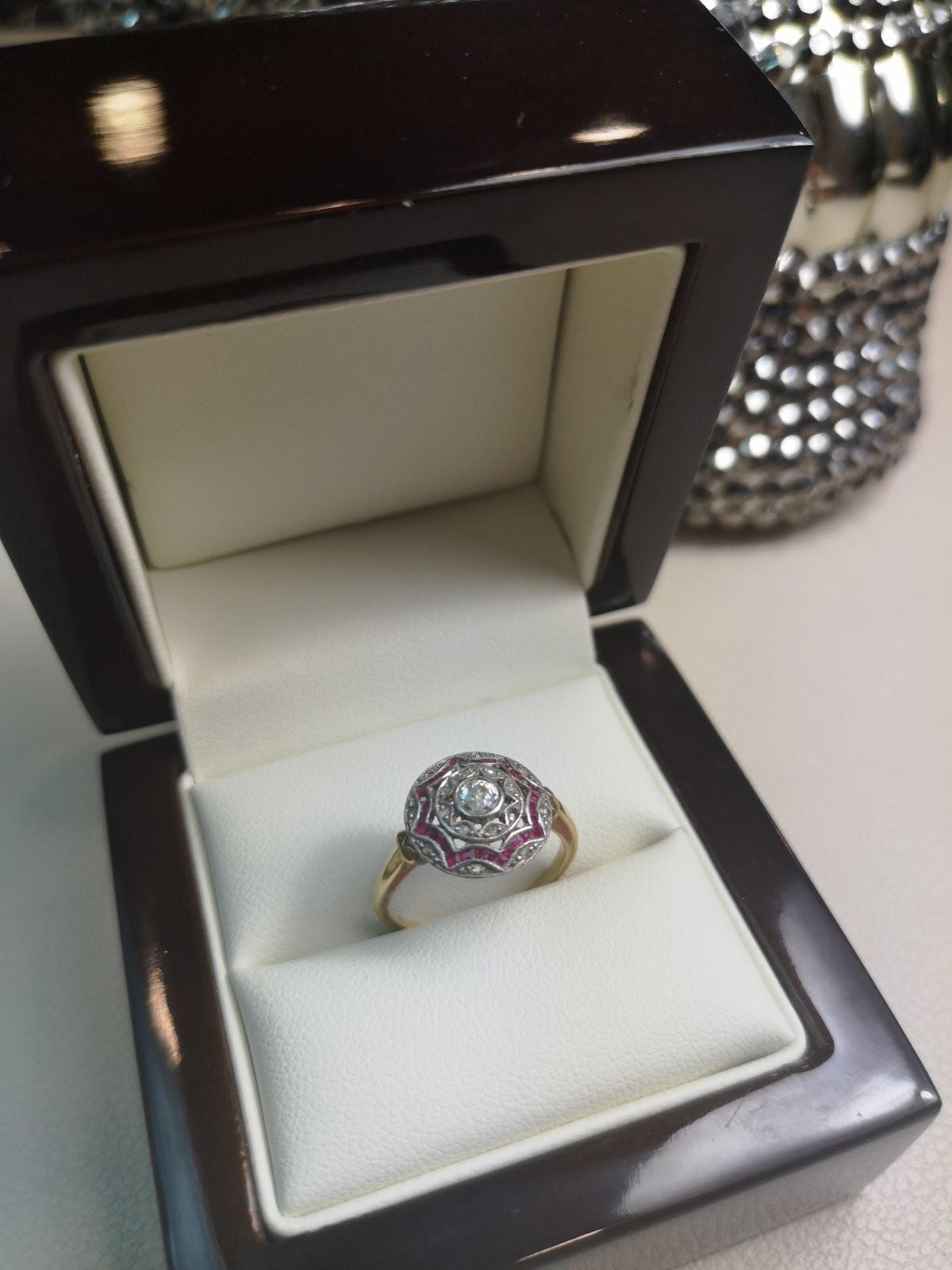Inel Victorian aur 18k cu Diamante Naturale