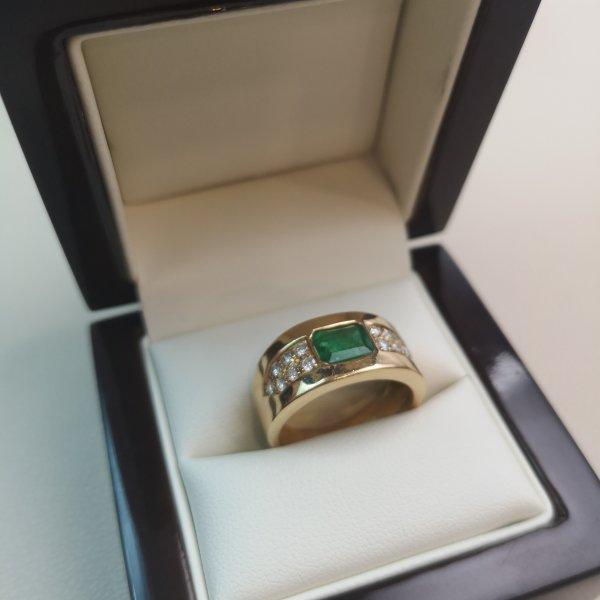 Inel Statement aur 18k cu Diamante si Smarald