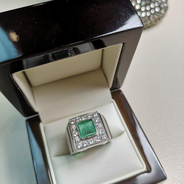 Inel aur 18k cu Diamante si Smarald