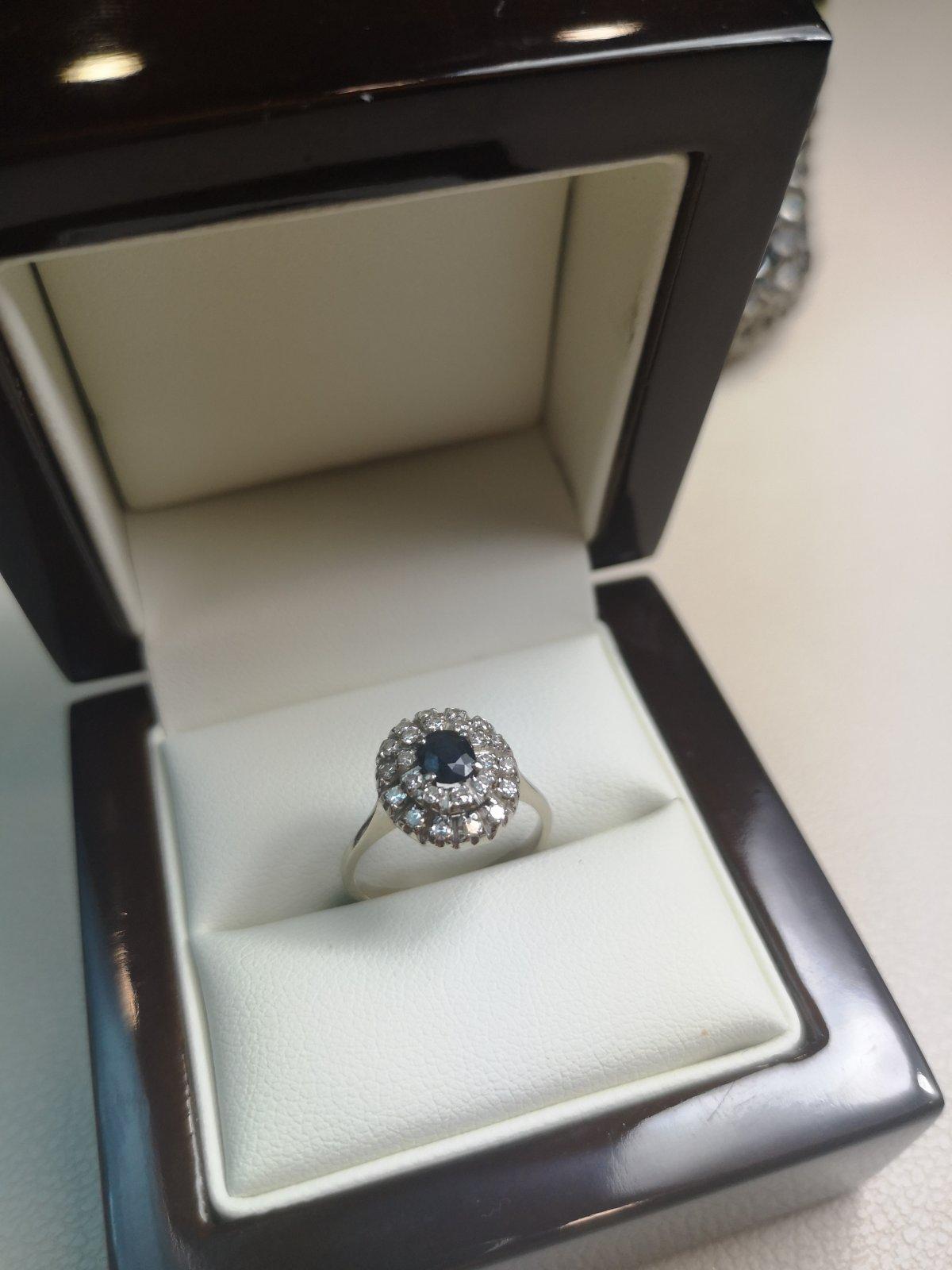 Inel Anturaj aur 18k cu Diamante si Safir