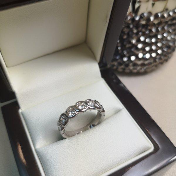 Inel Eternity Aur 18k cu Diamante